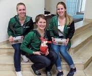 Die neuen Frei- und Ehrenmitglieder Simone Eggenberger, Sara Dürr und Bettina Gantner (von links). (Bild: PD)