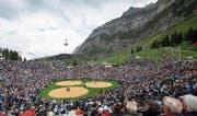 Über 13'000 Zuschauer verfolgten das Schwingfest auf der Schwägalp. (Bild: Gian Ehrenzeller/Keystone)