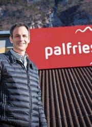 Markus Walser hat mit vielen Helfern die Palfriesbahn zum Laufen gebracht. (Bild: SRF/Pascal Mora)