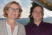 Etwas unter und etwas über den eigenen Erwartungen: Jeanette Mösli Koch (links) und der neue Gemeindepräsident Niggi Lippuner.
