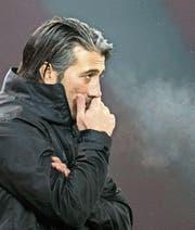 Die erste Euphorie um Trainer Murat Yakin ist bei den Grasshoppers verflogen. (Bild: KEY)