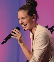 Larissa Baumann überzeugte mit ihrer wandlungsfähigen Stimme und ihrer natürlichen Ausstrahlung. (Bild: Christof Lampart)