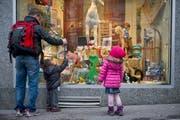 Die Initiaitve für höhere Kinderzulagen im Kanton St.Gallen ist am Freitag mit 6867 Unterschriften eingereicht worden. (Bild: Benjamin Manser/Archiv)