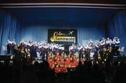 Nebst der Jugendmusik wirkten auch die Linedancerinnen der Gruppe Speedy Gon-CH-ales bei der Unterhaltung der Musikgesellschaft Sennwald mit. (Bild: Corinne Hanselmann)