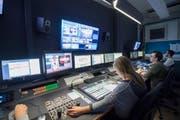 Die Regie von TVO: Die Ausserrhoder Regierung befürchtet, dass die regionalen Medien ohne Gebühren nicht mehr in der Lage sein würden, aus der Region und dem Kanton zu berichten. (Bild: Ralph Ribi (Ralph Ribi))
