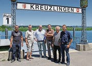 Urs Eberli (Seepolizei), Markus Baiker (Präsident Fantastical), Hannes Schwarz (ifolor), Mani Hirt und Peter Joder (Hirt & Co. Fireworks) und Hansueli Egloff (Kieswerk Müller E. & Co) am Hafen. (Bild: pd)