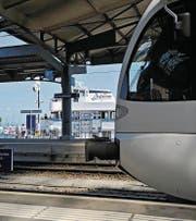 Abfahrt eines Regionalzuges in Romanshorn. (Bild: Reto Martin)