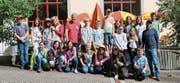 Die Schülerinnen und Schüler des Schulhauses Buchserbach. (Bild: PD)