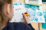 Der Thurgauer Grosse Rat hatte Mitte 2014 beschlossen, den Französischunterricht auf der Primarstufe zu streichen. (Bild: GAETAN BALLY (KEYSTONE))