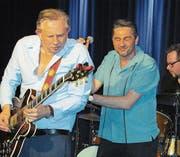 Die B.B. Brothers mit Frontmann Michael und Andreas Arlt leben den Blues. (Bild: Pius Bamert)