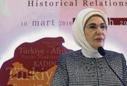 Emine Erdogan, First Lady der Türkei, singt das Loblied auf den Harem im Osmanischen Reich. (Bild: ap)