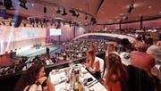 Der festliche Berner Kursaal diente erstmals als Kulisse für die Topskorer-Gala. (Bild: Romel Janeski)