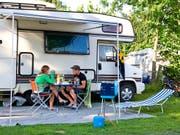 Trotz ihrem Ruf als Hochpreisland hat die Schweiz im letzten Jahr deutlich mehr Campinggäste angelockt als 2016. (Symbolbild) (Bild: KEYSTONE/MARTIN RUETSCHI)