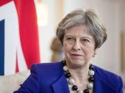 Premierministerin May is not amused: Die Brexit-Verhandlungen stocken - die Frage der inneririschen Grenze bleibt der grosse Zankapfel zwischen London und Brüssel. (Bild: KEYSTONE/EPA BLOOMBERG POOL/SIMON DAWSON / POOL)