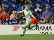 Wolfsburgs Lara Dickenmann jubelt über ihren Treffer bei Chelsea (Bild: KEYSTONE/AP PA/PAUL HARDING)