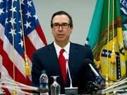 Die USA geben ihre Blockadehaltung bei der Weltbank auf und US-Finanzminister Steve Mnuchin stimmte einer Kapitalaufstockung am Samstag in Washington zu. (Bild: KEYSTONE/FR159526 AP/JOSE LUIS MAGANA)