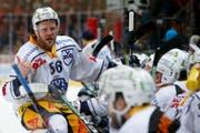 Timo Helbling spielt nächste Saison beim EHC Kloten. (Bild: Peter Klaunzer / Keystone)