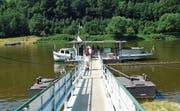 Im sächsischen Bad Schandau geht's mit dem rüstigen Fährschiff Lena über die Elbe. (Bild: Andreas Z'Graggen)