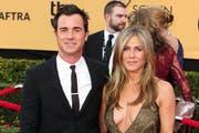 Jennifer Aniston und ihr Ehemann erwarten Zwillinge. (Bild: Bang Showbiz Entertainment)