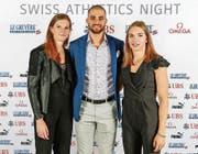 Freuen sich über die Auszeichnungen (von links): Lea Sprunger, Kariem Hussein und Géraldine Ruckstuhl aus Altbüron. (Bild: Freshfocus/Ulf Schiller (Ittigen, 18. November 2017))