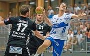 Teamplayer mit Kämpferherz: Kriens-Luzerns David Nyffenegger (am Ball). (Bild: Pius Amrein (Neue LZ))