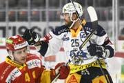 Zugs Viktor Stahlberg erzielt nach 44 Sekunden das 0:1. (Bild: Urs Lindt / Freshfocus (Biel, 14. November 2017))