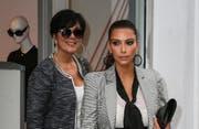 Kris Jenner und Kim Kardashian (Bild: Splashnews)