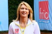 Die ehemalige Tennisspielerin hilft traumatisierten Flüchtlingskindern. (Bild: Bang Showbiz Entertainment)