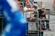 Nick Christen, hier im weissen Shirt, in der Maihofhalle Luzern. (Bild: Philipp Schmidli, Luzern 03.09.2017)