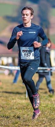 Fand durch seine Schwester Jeanne zur Leichtathletik: der 16-jährige Noah Wildisen aus St. Niklausen.Bild Hanspeter Roos