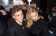 Madonna und Guy Ritchie haben endlich eine Lösung im Sorgerechtsstreit um Sohn Rocco gefunden. (Bild: bang)