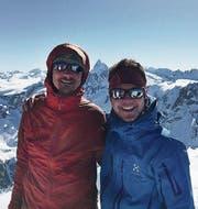 Gipfelfoto auf der Pigne d'Arolla, im Hintergrund das Matterhorn. (Bild: PD)