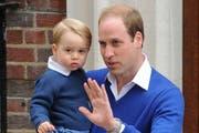 Prinz William mit seinem Erstgeborenen: Prinz George. (Bild: Bang Showbiz Entertainment)