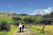 Auf dem Weg zum Krater des erloschenen Vulkans Diamond Head bei Waikiki. (Bild: Keystone)