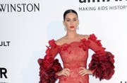 Will nackt wählen gehen: Sängerin Katy Perry. (Bild: Bahn Showbiz Entertainment)