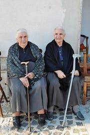 Zwei Über-100-Jährige im Dorf Onanì. (Bild: Urs Oskar Keller)