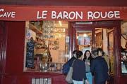 Treffpunkt nach dem Einkauf auf dem Marché d' Aligre: «Le Baron Rouge». (Bild: Gerhard Bläske)