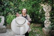Bildhauerin Mona Saudi: «Nur hier finde ich Inspiration für meine Kunst.» (Bild: Daniel Ammann)