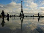 Wegen der Terroranschläge der letzten Monate machen Touristen einen Bogen um europäische Topdestinationen wie Paris und Brüssel. (Archiv) (Bild: KEYSTONE/AP/MUHAMMED MUHEISEN)