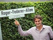 Roger Federer - hier in Halle - erhält nun auch in Biel eine nach ihm benannte Strasse (Bild: KEYSTONE/EPA/OLIVER KRATO)