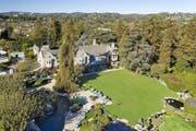 Das Playboy-Mansion von Hugh Hefner. (Bild: Hilton & Hyland/Courtesy of Christieís International Real Estate via AP)