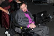 Stephen Hawking (Bild: Bang Showbiz Entertainment)