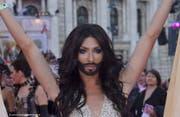 «Rollen für bärtige Frauen sind ja relativ limitiert», sagt Conchita Wurst zu ihren Ambitionen als Filmschauspielerin. (Bild: bangshowbiz)
