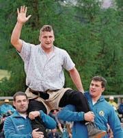 Armon Orlik (22) Der Bündner hatte im Mai am Aargauer Kantonalen vielGlück, dass er sich nicht gravierender amNackenverletzte.Rasch kehrte Orlik zurück, belegte am Nordostschweizer einen Spitzenplatz und gewann das Bündner-Glarner. Beim Berner Kantonalen gab er zuletzt wieder Forfait.DieFrage ist, obOrlikmental bereit ist für den Brünig-Sieg. (cza) (Bild: GIANCARLO CATTANEO (KEYSTONE))