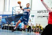 Jost Brücker vom HC Kriens-Luzern kommt zum Abschluss. (Bild: Archiv / Nadia Schärli)