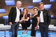 Das ist die neue DSDS-Jury (von links): Scooter-Frontman HP Baxxter, Shooting-Star Vanessa Mai, Schlagerstar Michelle und Produzent Dieter Bohlen. (Bild RTL / Stefan Gregorowius)