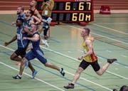 Andreas Haas (rechts) überquert die Ziellinie nach 60 Metern. (Bild: Hanspeter Roos (Magglingen, 19. Februar 2017))