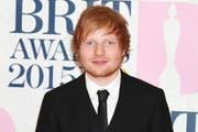 Ed Sheeran sieht sich als Retter der Rothaarigen. (Bild: Bang Showbiz Entertainment)