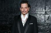 Johnny Depp hat sich zum ersten Mal seit Amber Heards Vorwürfen vor die Kamera gewagt. (Bild: bang)