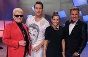 So sah die DSDS-Jury mal aus (von links): Heino, DJ Antoine, Mandy Capristo, Dieter Bohlen (Bild: Splashnews)